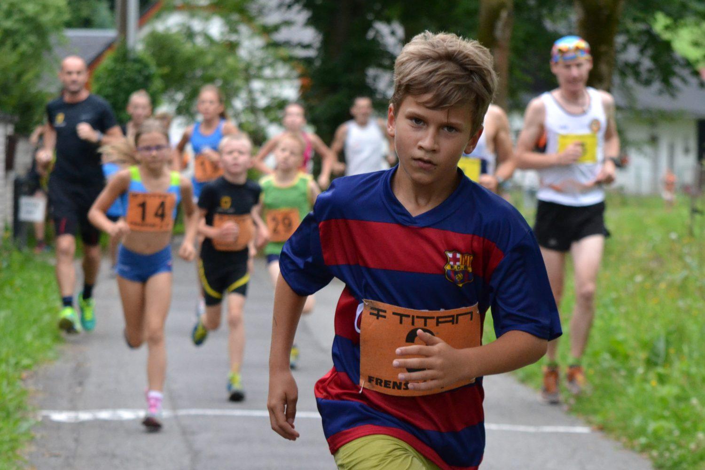 Tichavskou tůňku rozvířilo běžecké mládí