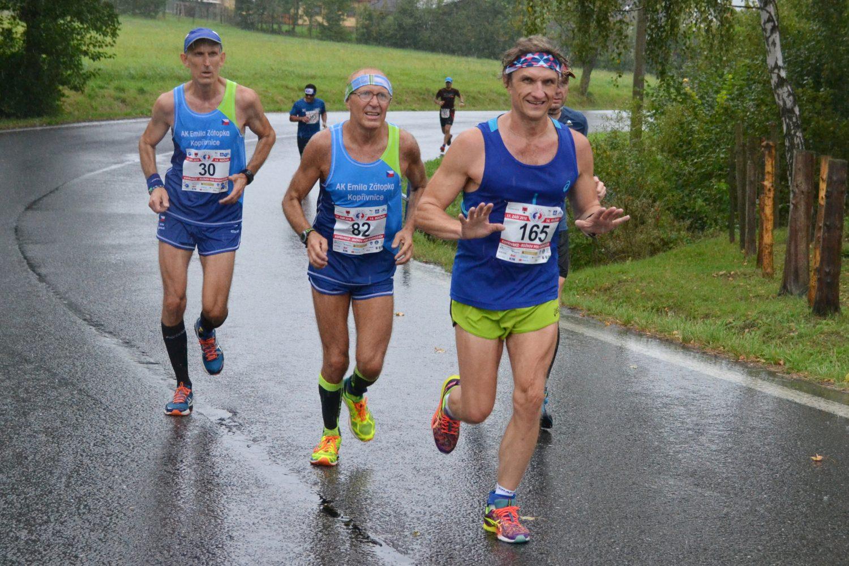Závod Emila Zátopka – viděno orosenými brýlemi Saši Neuwirtha