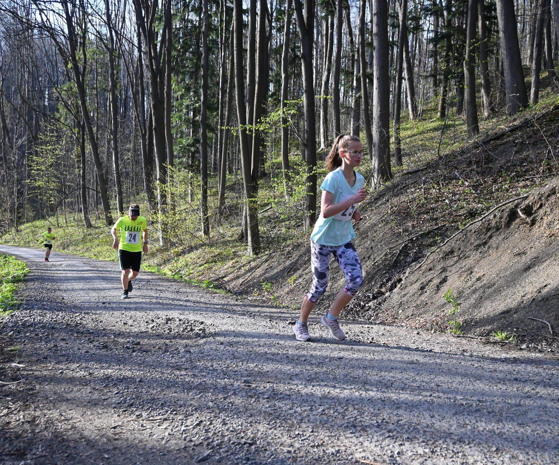 Běh na Červený kámen měl rekordní účast i překvapivé vítěze